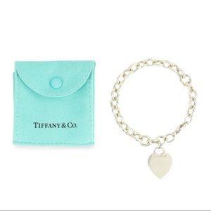 Tiffany & Co. Jewelry - TIFFANY & CO HEART BRACELET